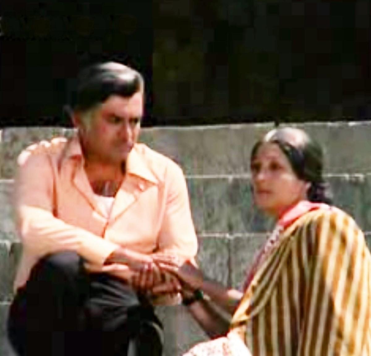 One of the greatest musical pieces heard in Bollywood, by Kishore Kumar & Lata Mangeshkar