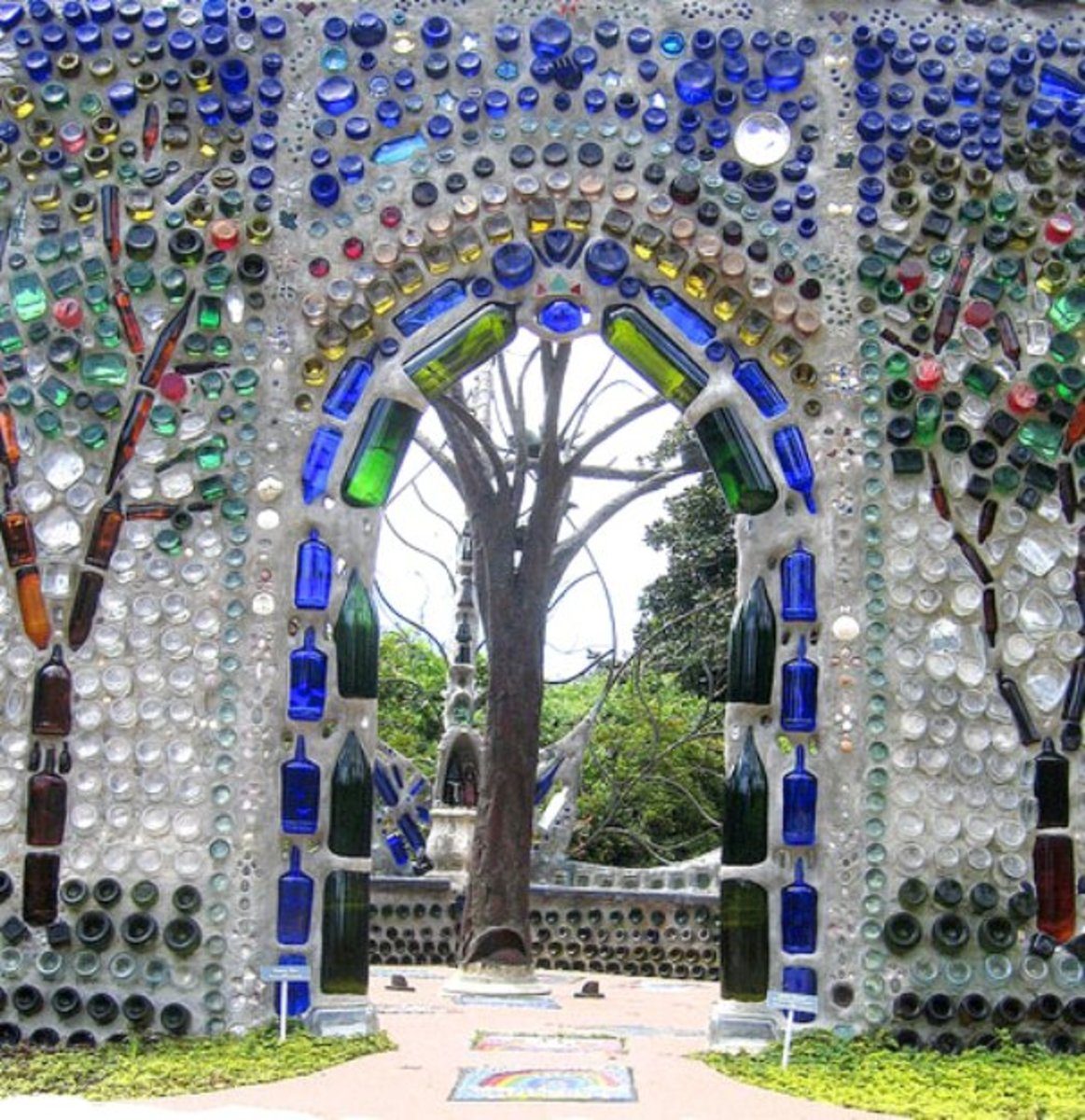 10 ways to reuse and recycle wine bottles for Recycling wine bottles creatively