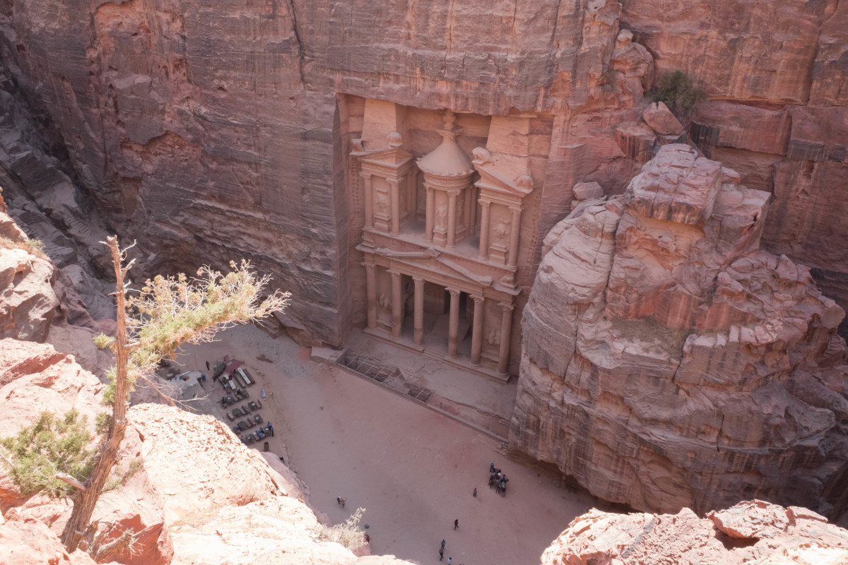 The Treasury building at Petra. Just one of many fantastic places to visit on your travel sabbatical!