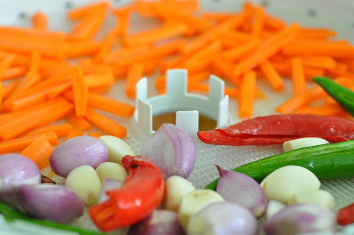 Carrots, chillies, shallots, garlic before drying Image: © Siu Ling Hui