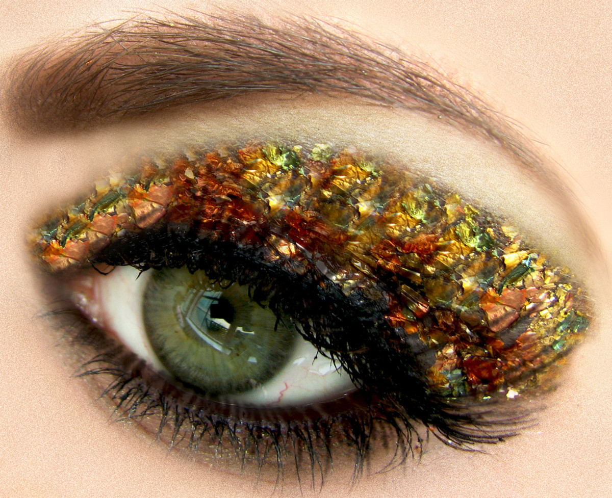 do you really want to wake up to this eye makeup everywhere?