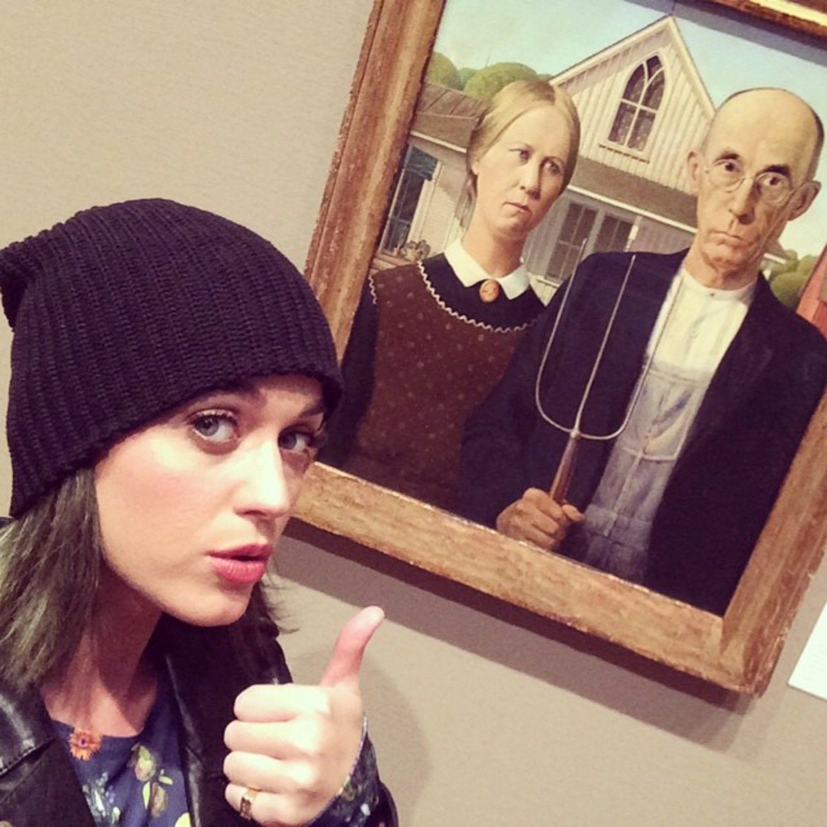 Katy going undercover to check out the Art Institute in Chicago