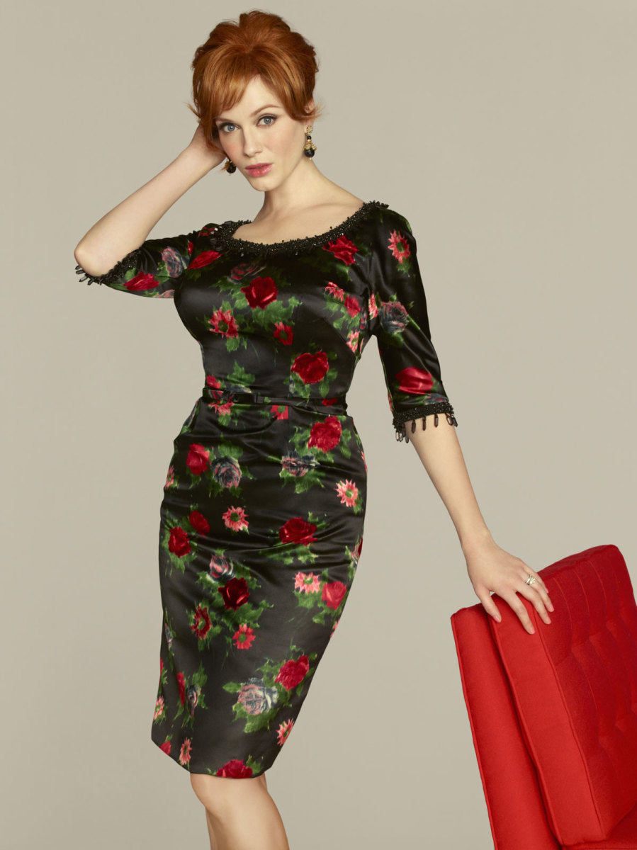 This floral print dress looks gorgeous on Christina Hendricks