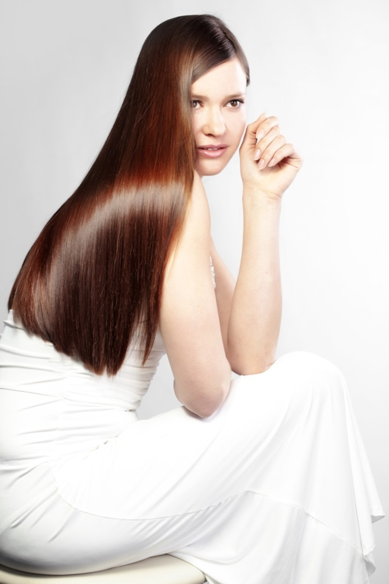 Straight and sleek wedding hairstyle. Photo courtesy of hairextensionsbymonica.com.