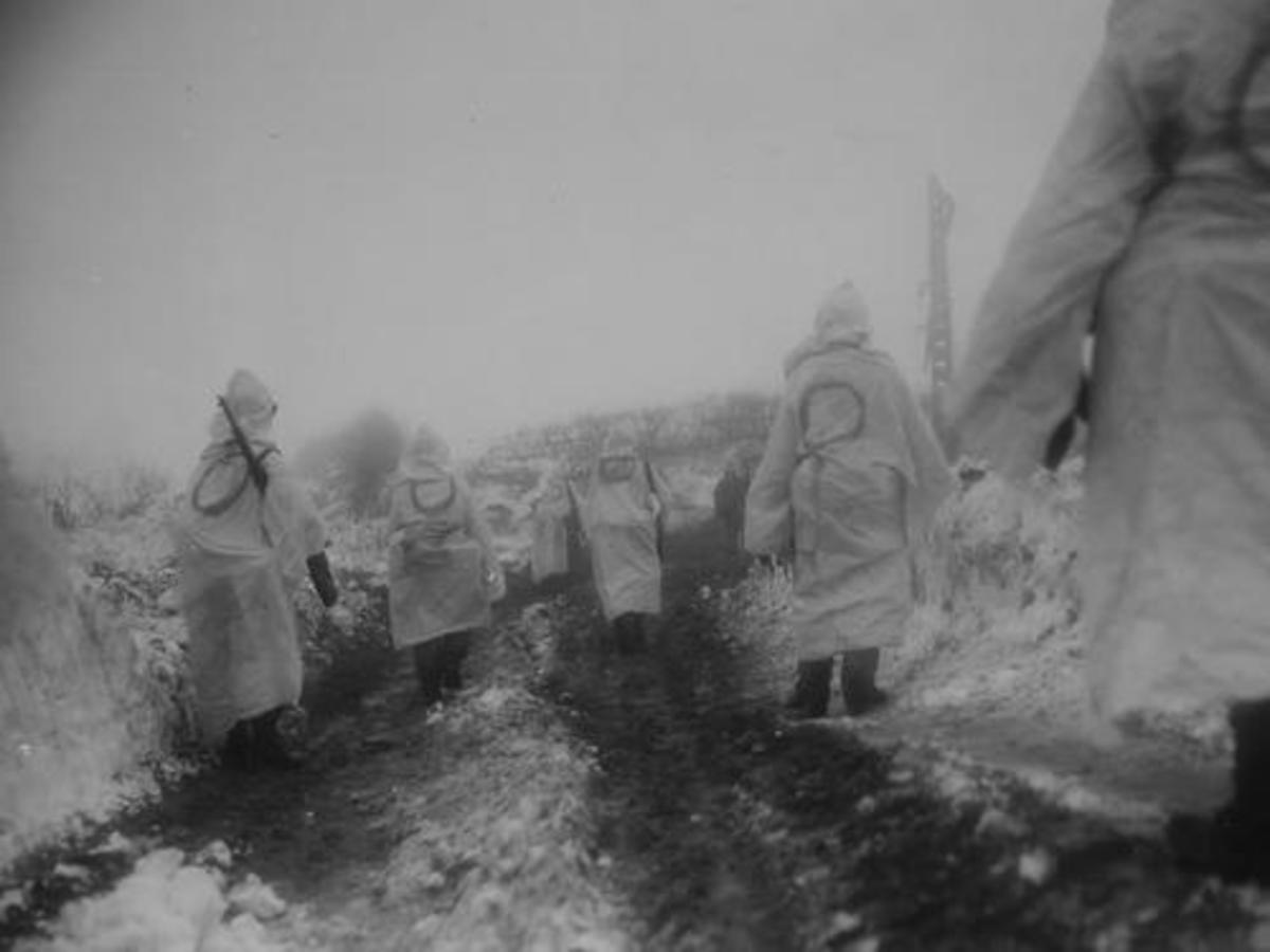 2nd ID soldiers retaking the village of Krinkelt.