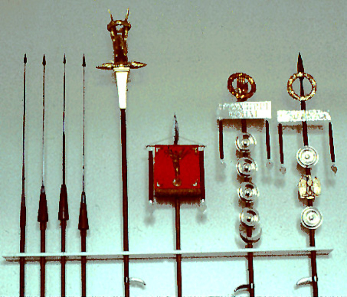Roman Weaponry, Legionaries & Centurions Weapons, Swords, Daggers, Spears