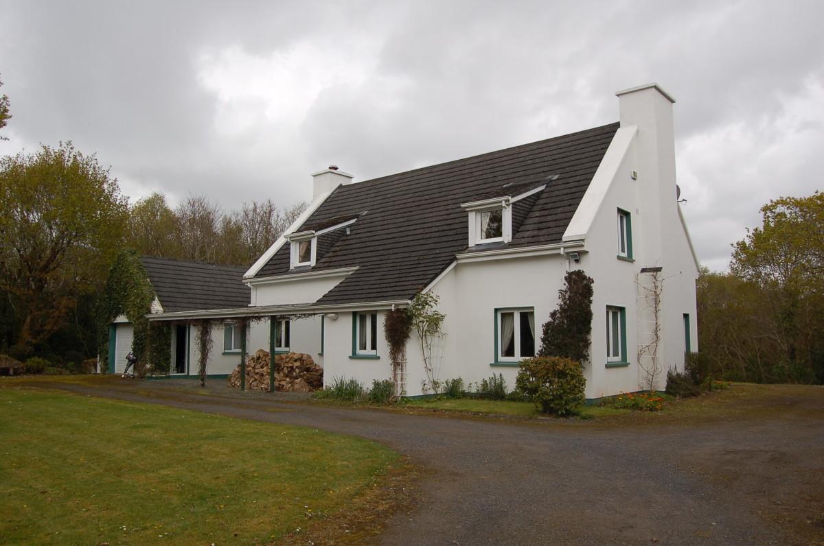 Derrymore Bridge Cottage for Sale in Ireland