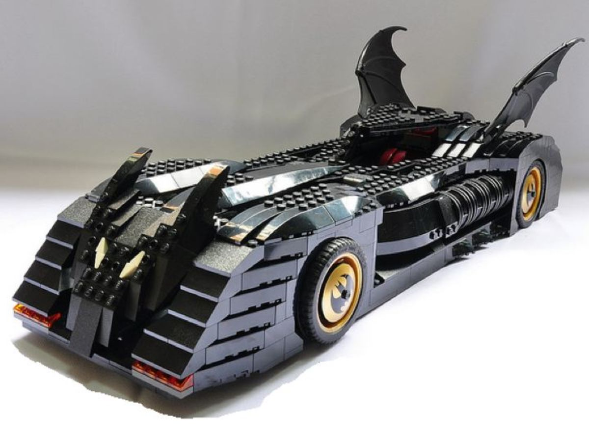 LEGO Batman The Batmobile Ultimate Collector's Edition 7784 Assembled