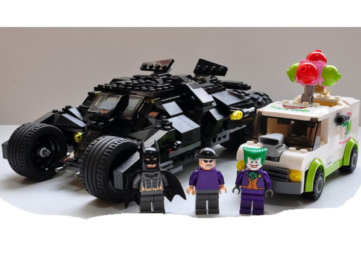 LEGO Batman The Tumbler: Joker's Ice Cream Surprise 7888 Assembled