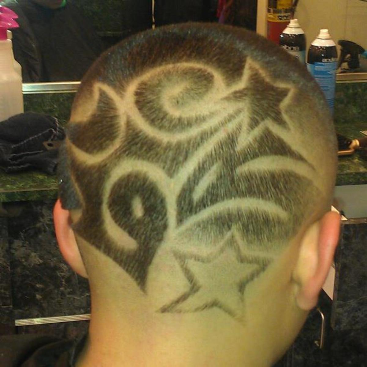 Abstract Star Hair Design