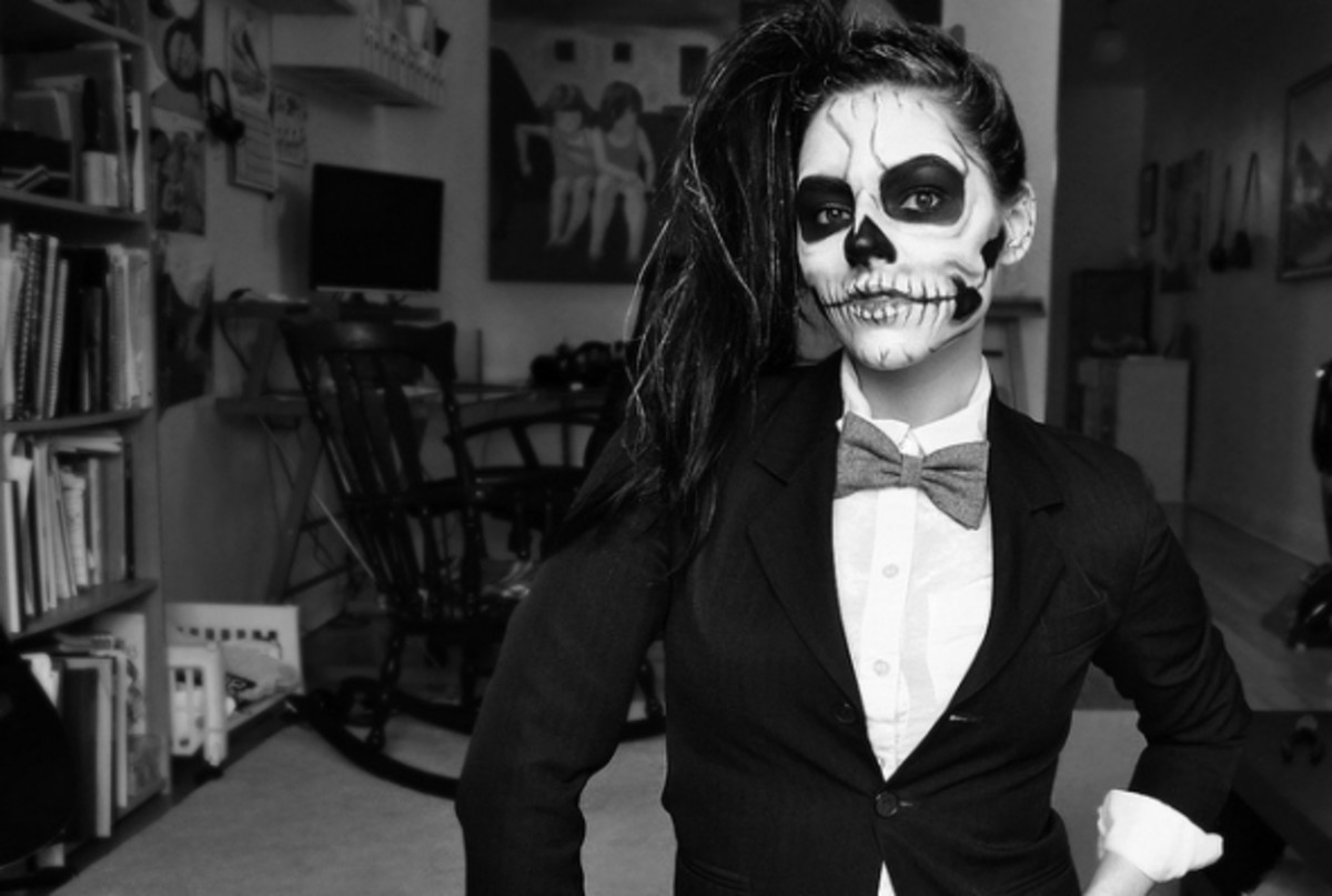 I love the detail of this Lady Gaga inspired make-up, and the jacket and bow-tie really make this skeleton super cool!
