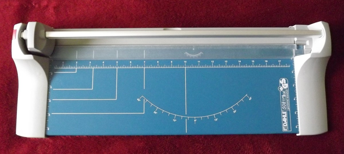 "Dahle 18"" Personal Trimmer"