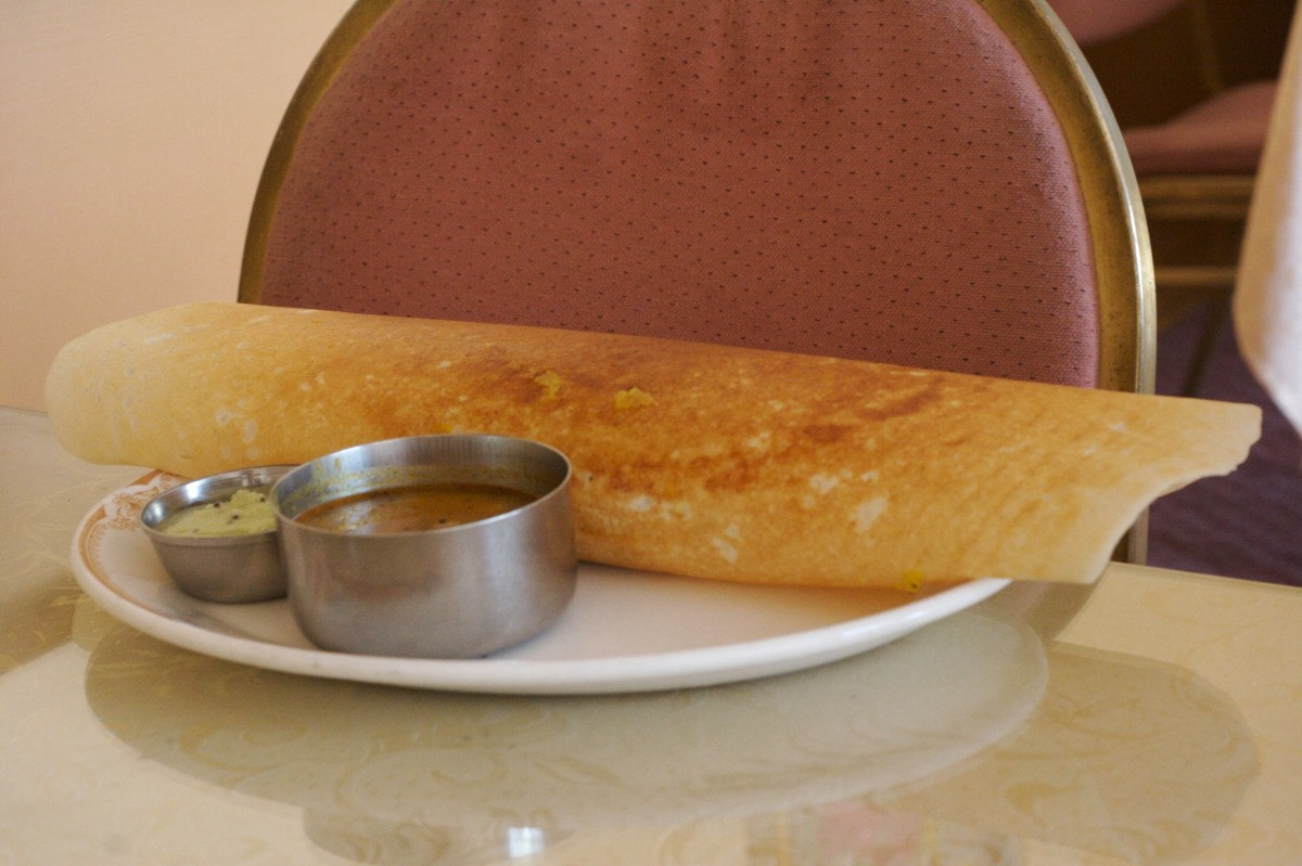 dosa with chtney and sambhar