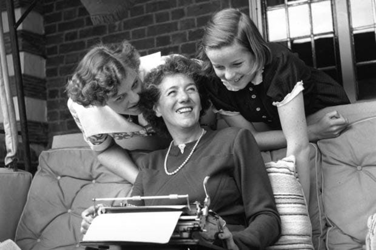 Enid Blyton with her two daughters, Gillian and Imogen