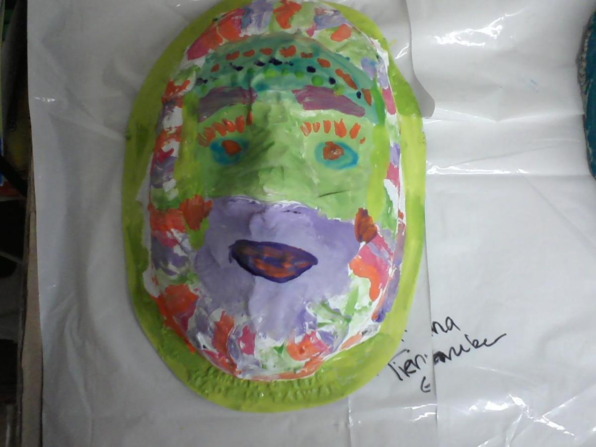 A finished 5th grade mask