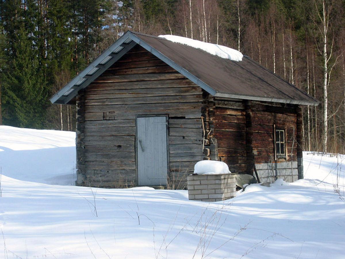 Chimneyless sauna building in Enonkoski, Finland.