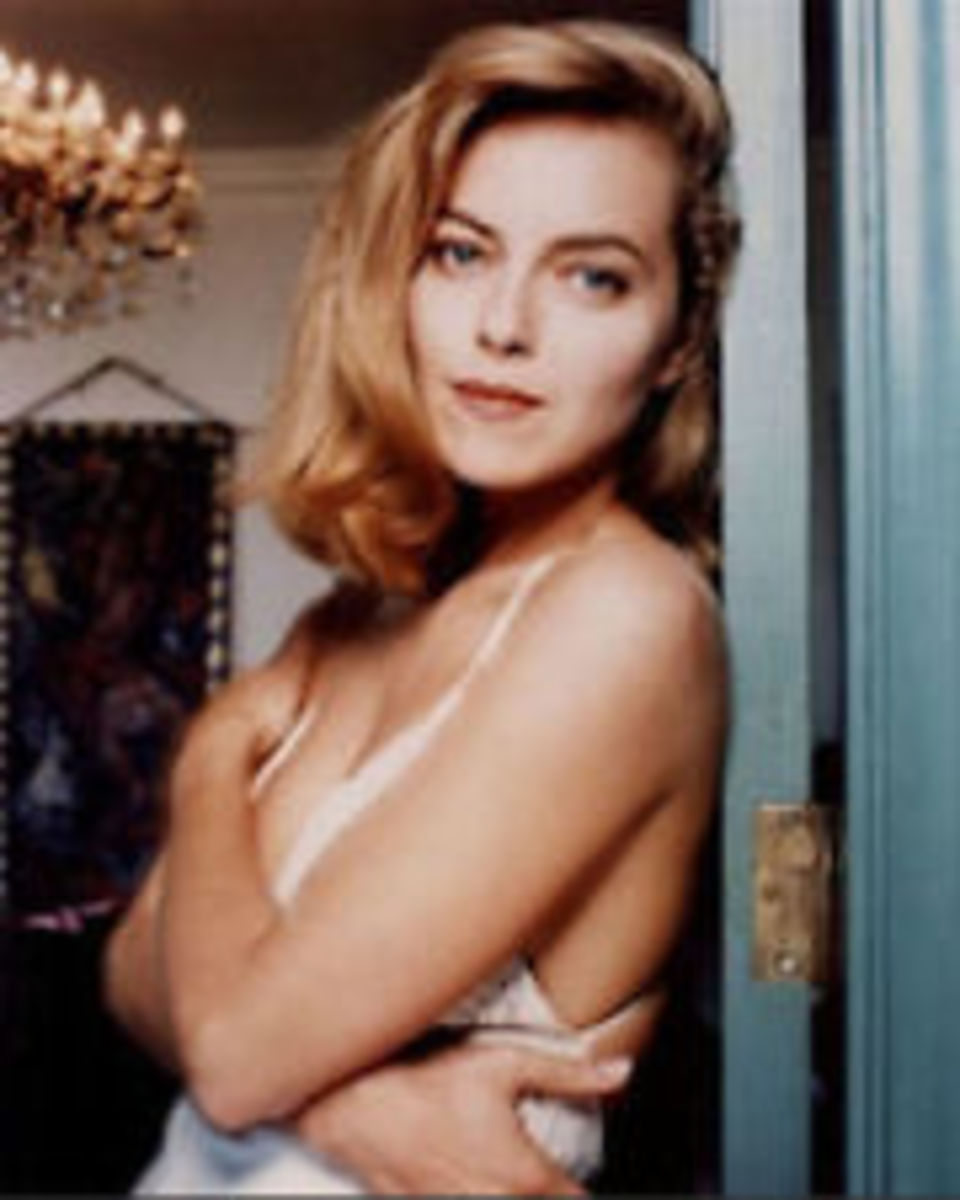 The sexy side fringe, worn by actress Greta Scacchi