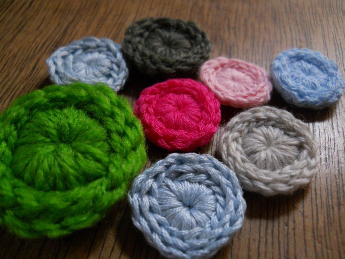 TIMELESS Crochet Button