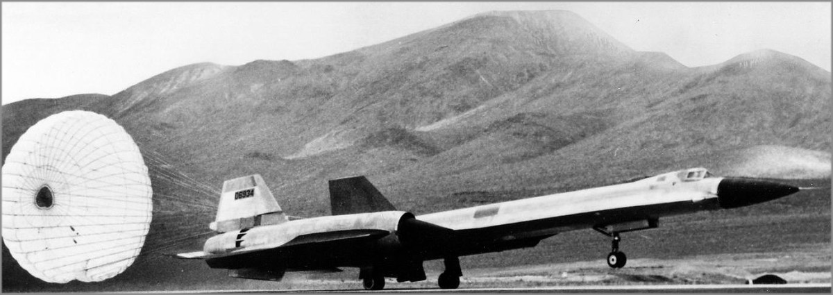An A-12 Prototype landing at Groom Lake