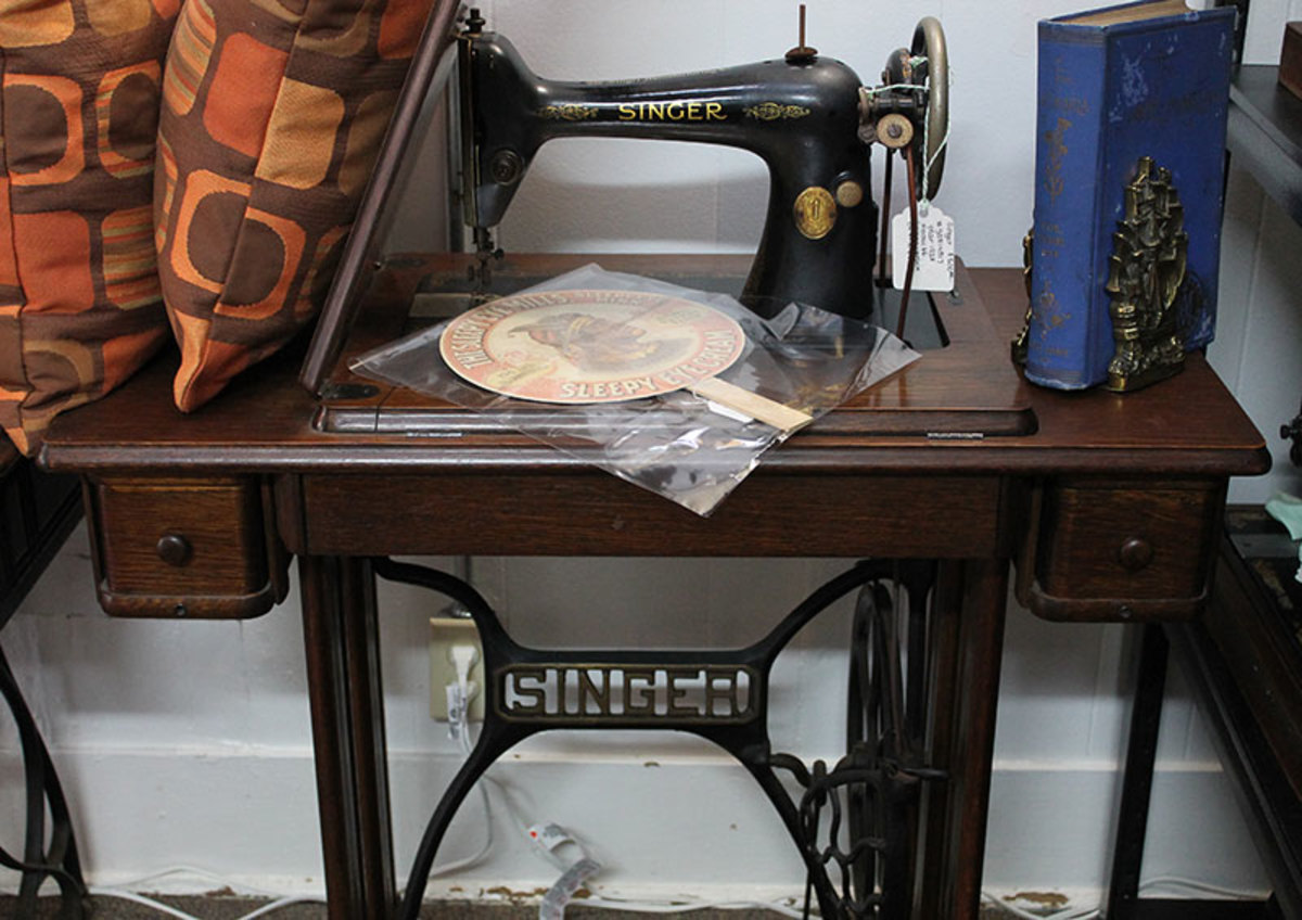 sewing-machines-treadle-cabinets-from-vintage-to-new-models