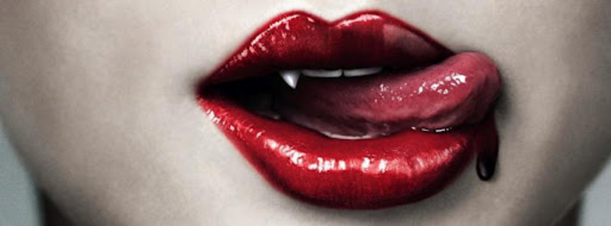 top-10-gift-ideas-for-vampire-lovers