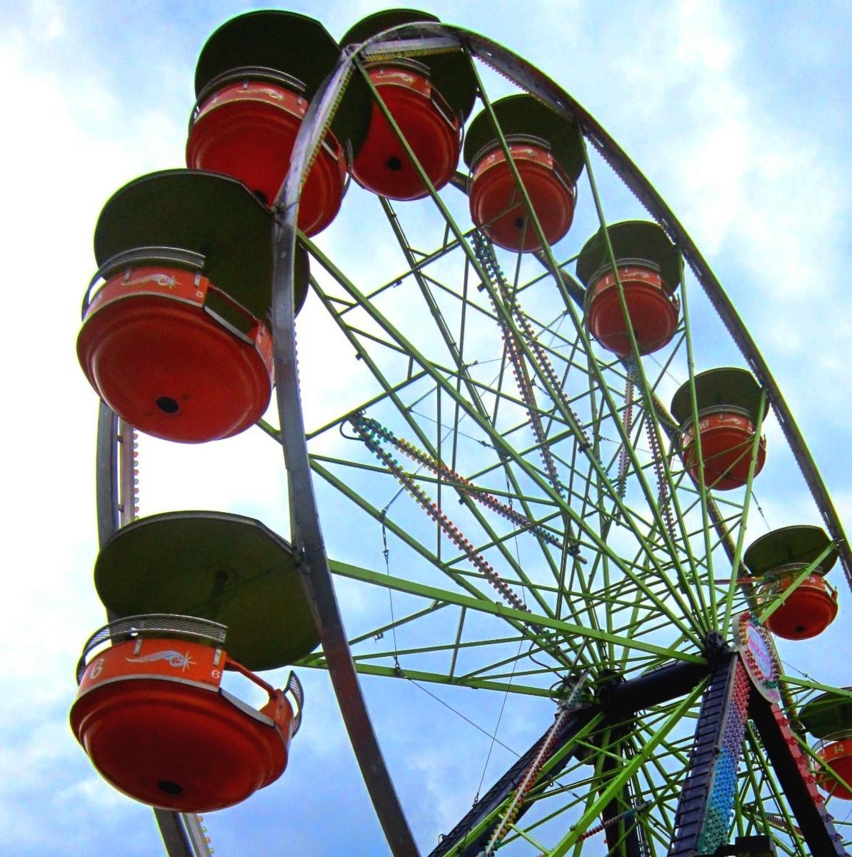 A standard carnival-sized Ferris wheel.