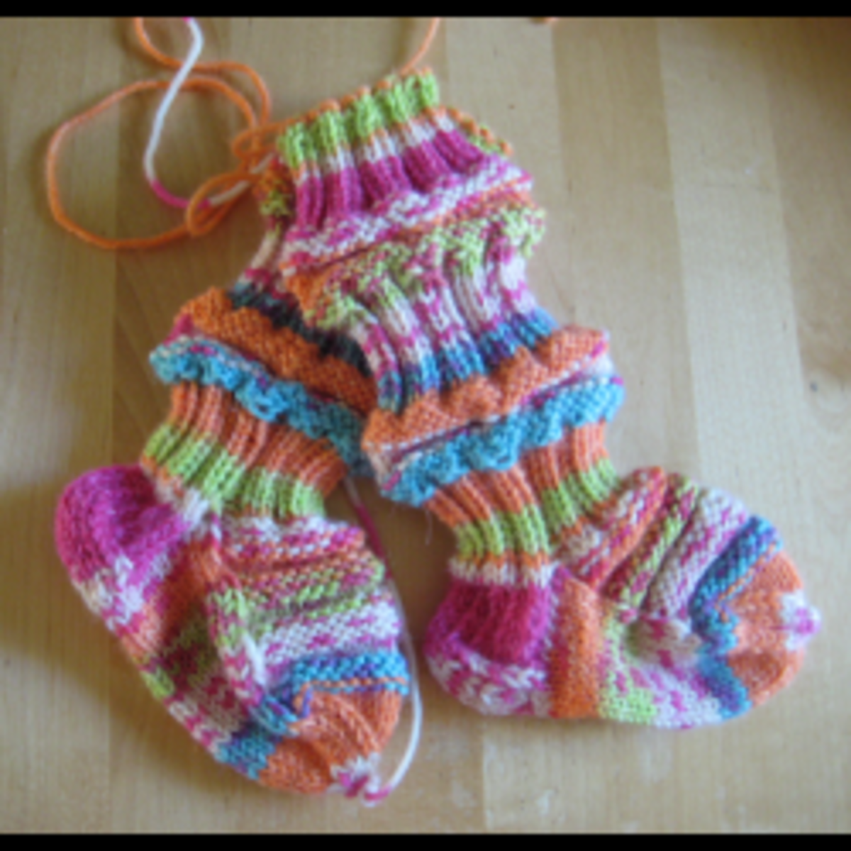 How to knit train sock for babies