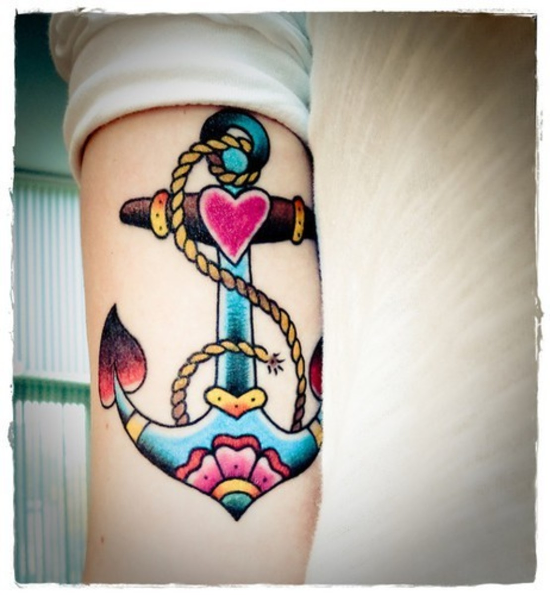 Top Ten Anchor Tattoo Designs Online