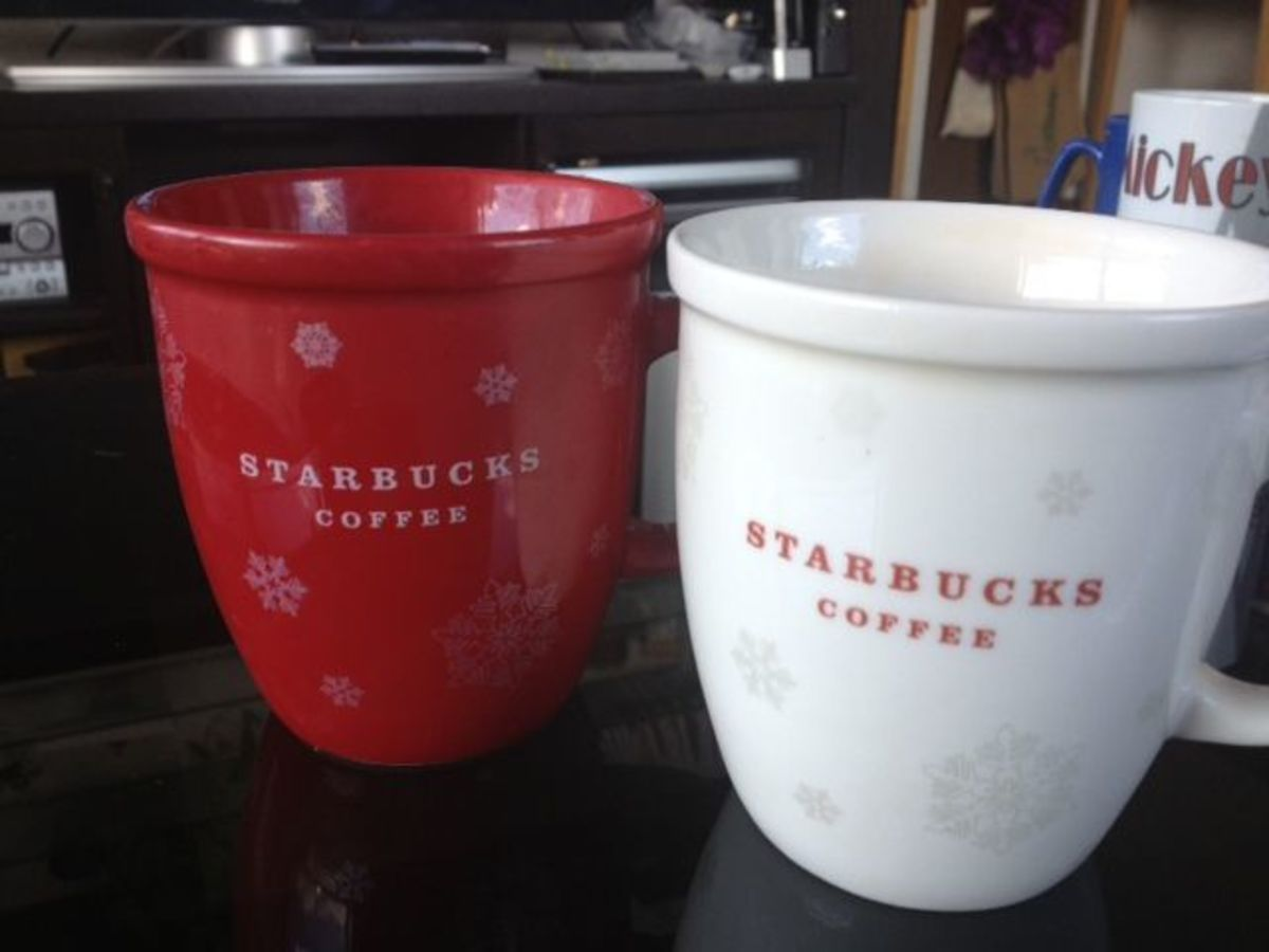 Simple holiday mugs in holiday colors.