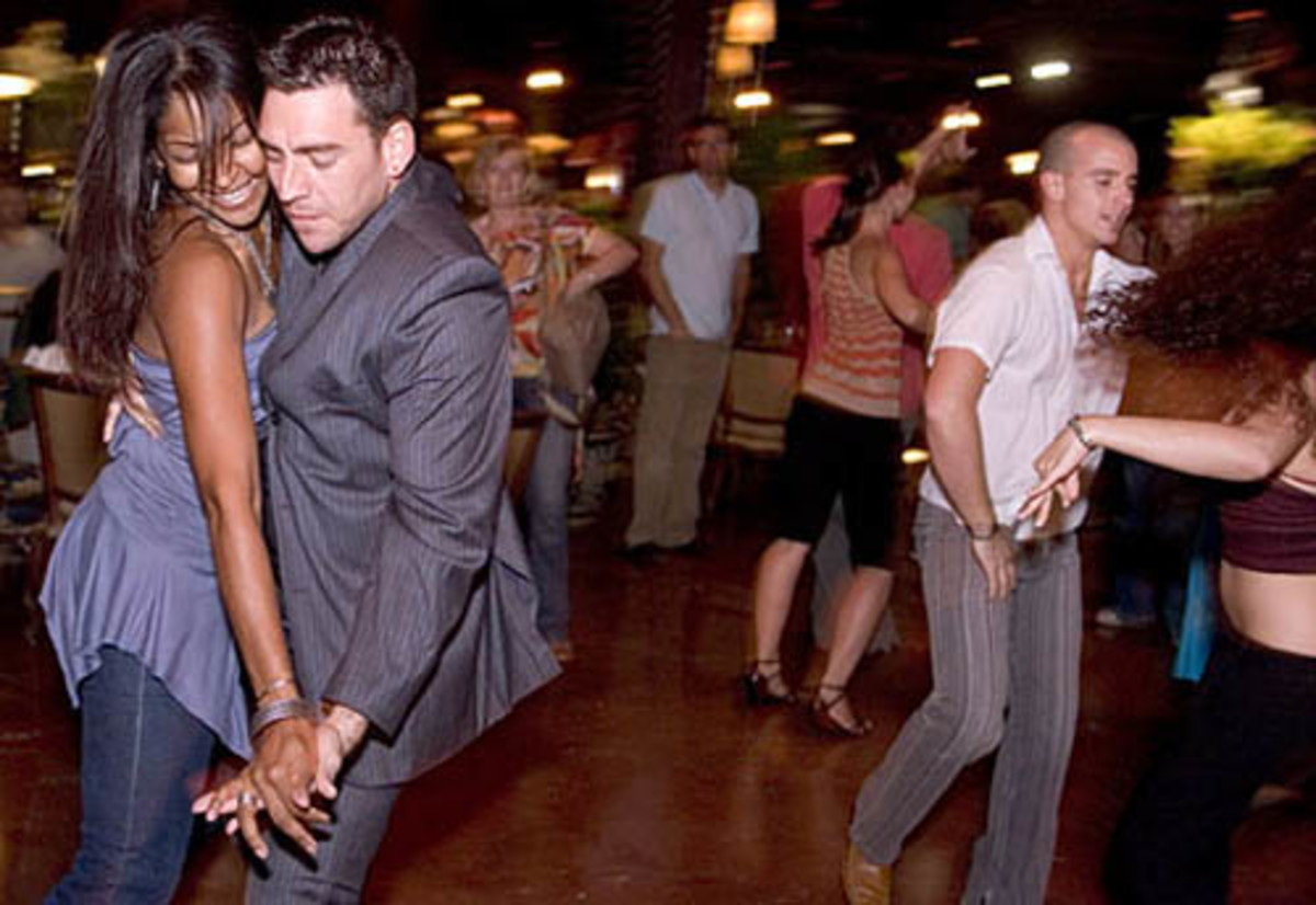 How to Pick and Choose A Good Salsa and Latin Dance Partner for Men and Women