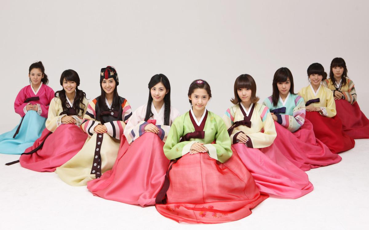 Famous Korean Girl Group