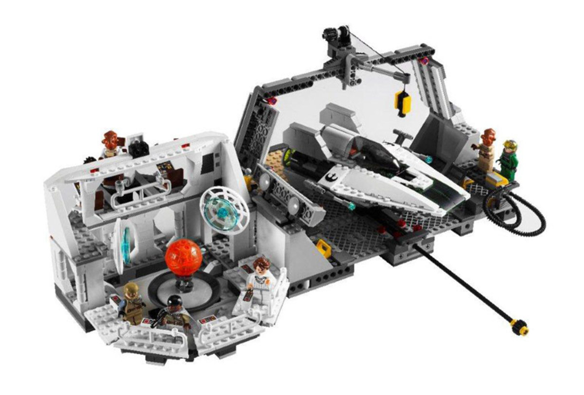 LEGO Star Wars Home One Mon Calimari Star Cruiser 7754 Assembled