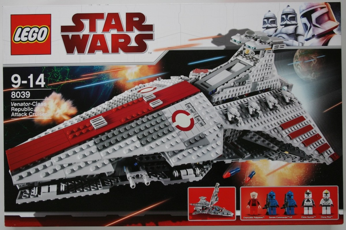 LEGO Star Wars Venator-Class Republic Attack Cruiser 8039 Box