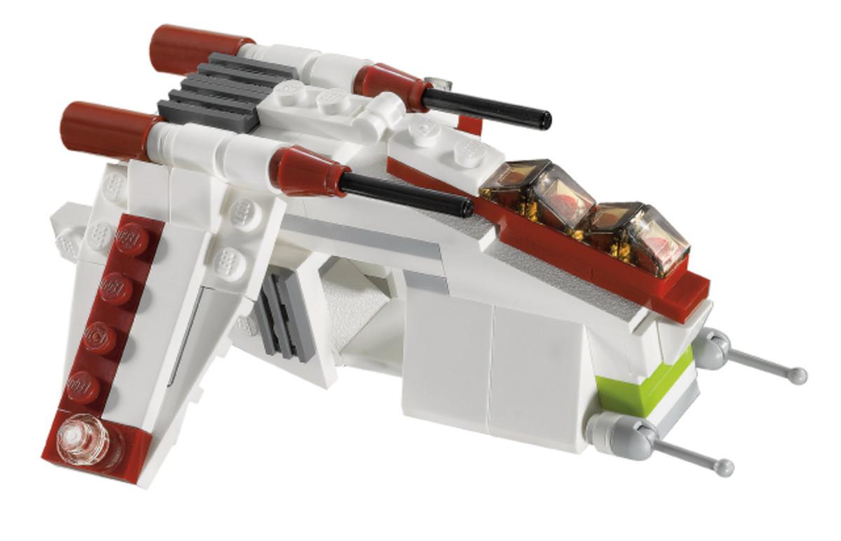 LEGO Star Wars Republic Gunship 20010 Assembled