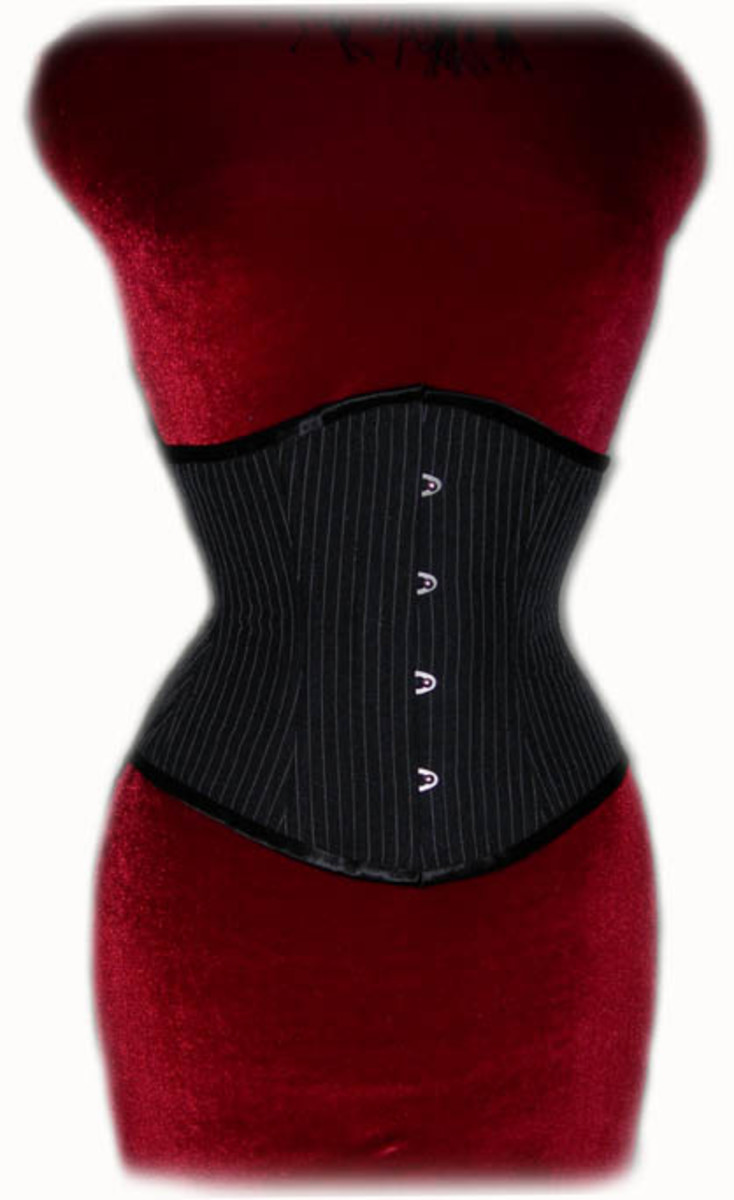 This is an example of a cincher style corset from Isabella Corsetry.