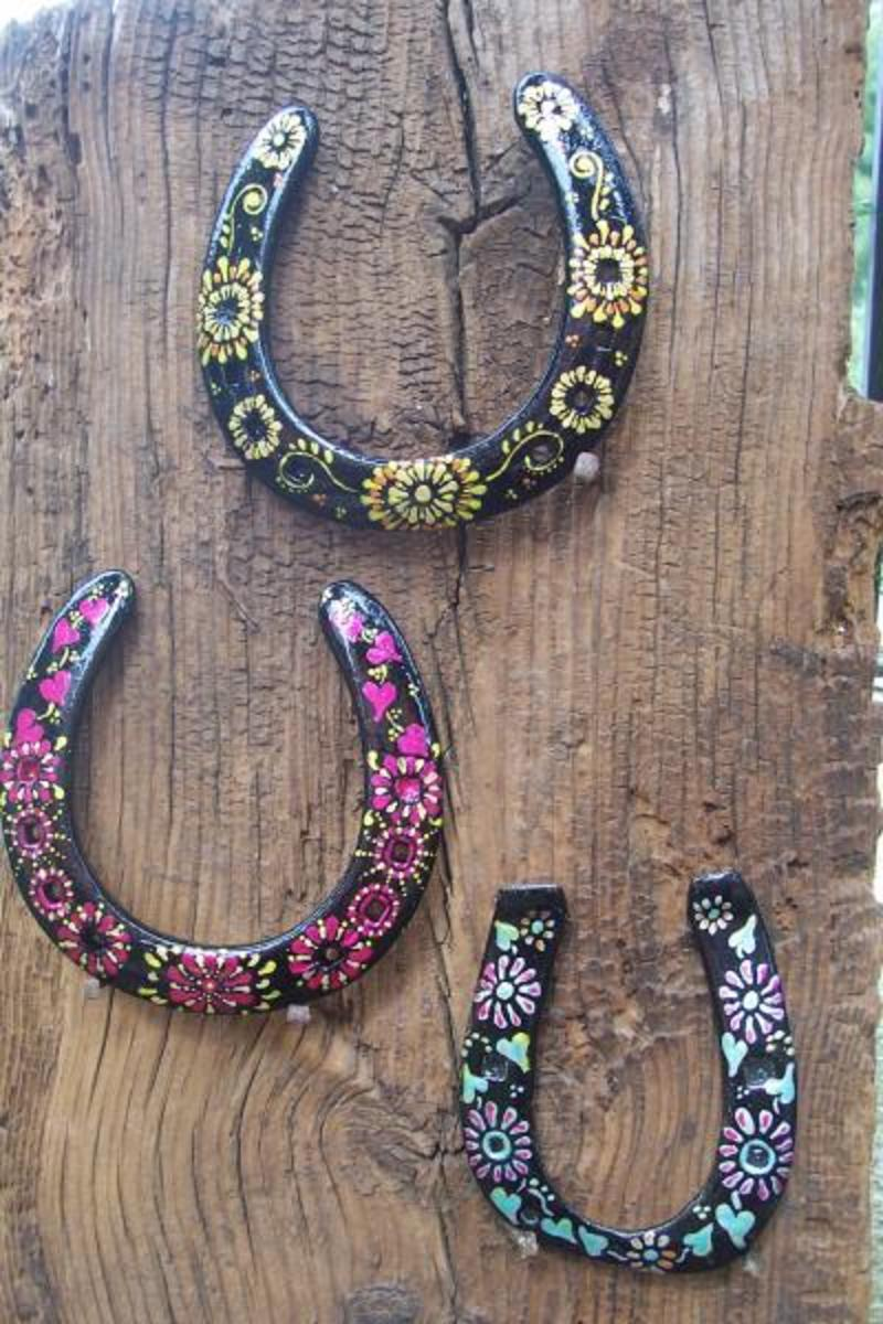Horse summer camp craft and game ideas for Things to make with old horseshoes