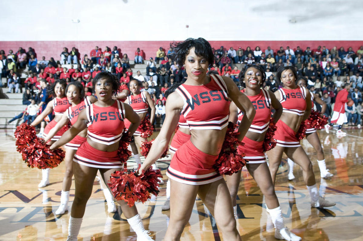 Cheerleaders from WSSU
