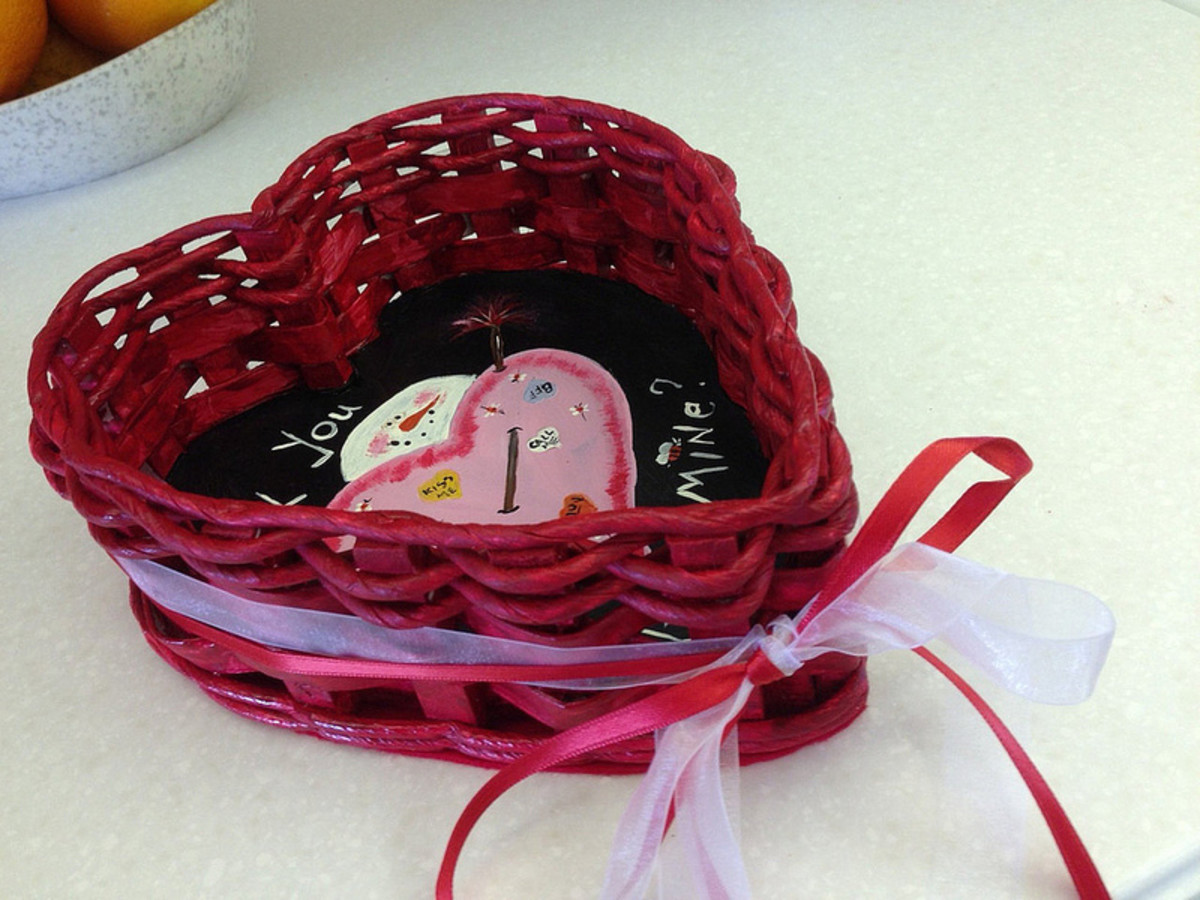 You can fill your Valentine's Gift Basket with all sorts of things. You'll find some excellent suggestions on this page for things that you should include in the basket, and in what order.