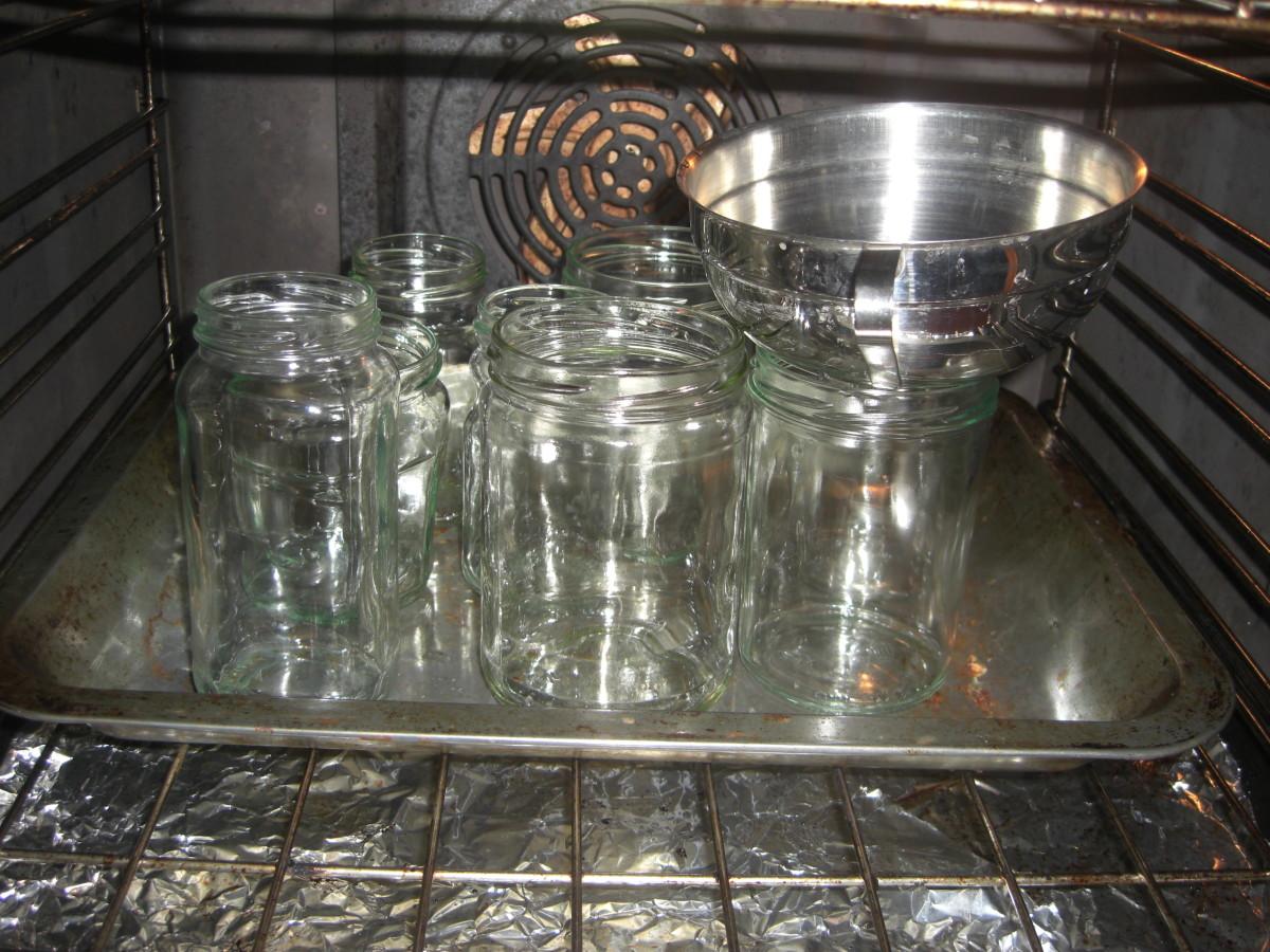 the sterilised jars