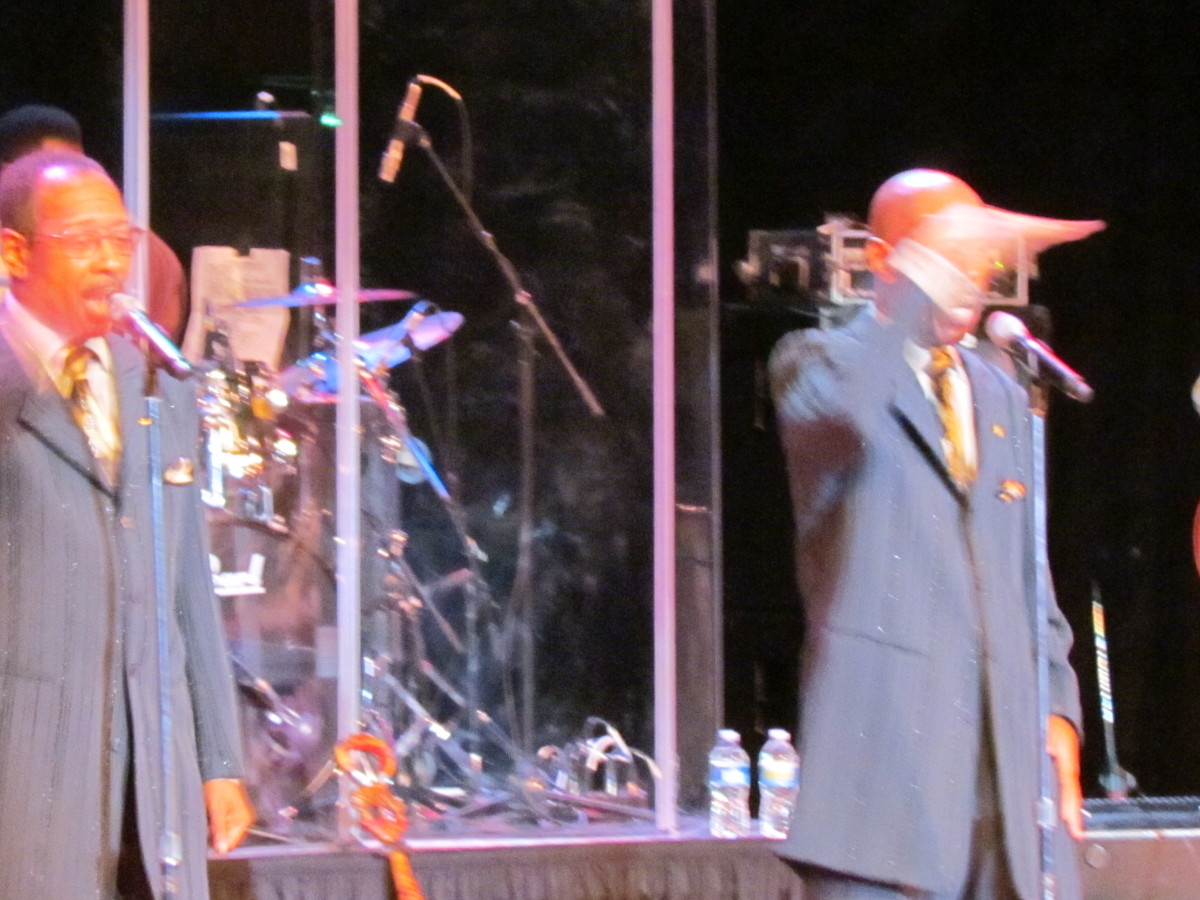 "The Stylistics performed such hits as ""Betcha By Golly Wow."""