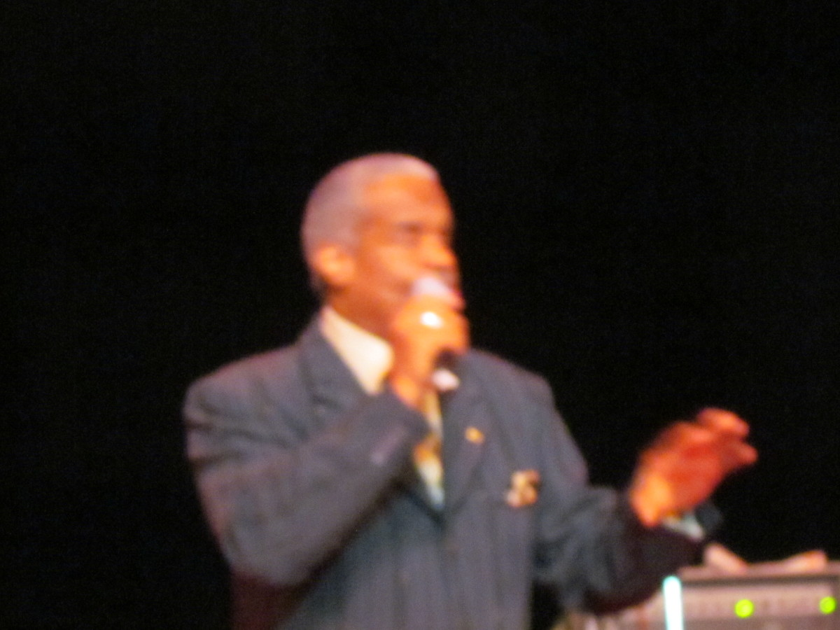 Russell Thompkins and The Stylistics performed  their major hits.