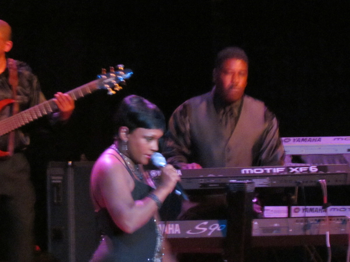 Sheila Coley performed with Dae Ja Blue.
