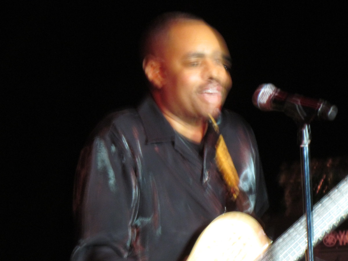 Kelvin Goldvoice Williams performed on his guitar and sang.