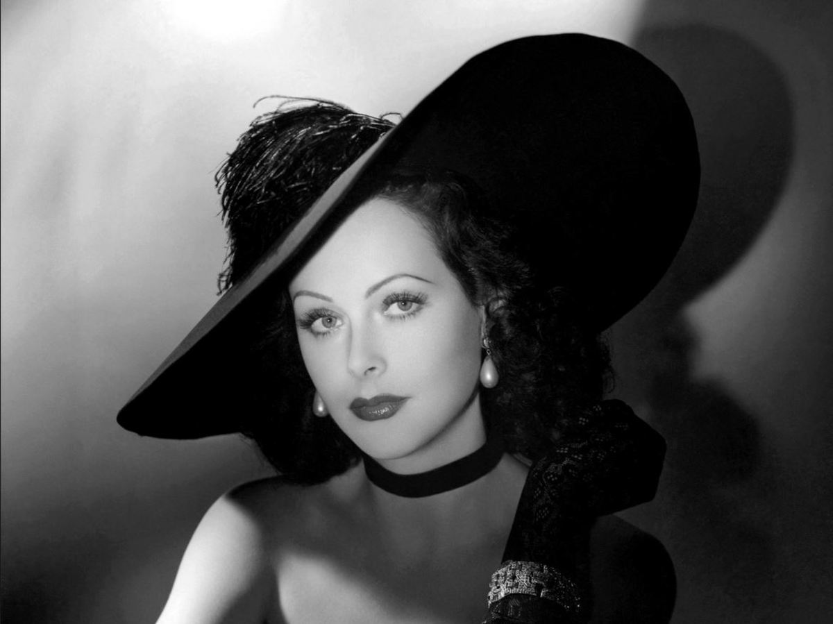 If hats were brains, this is Hedy Lamarr.