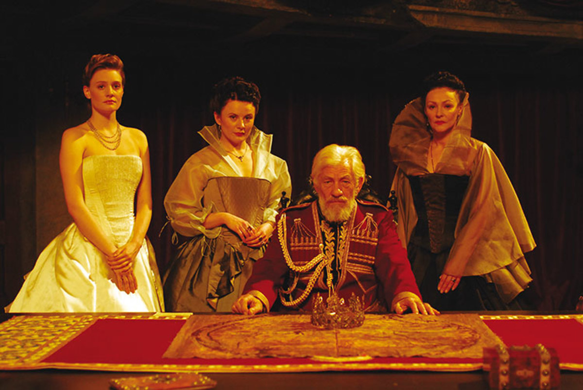 Lear and his daughters. Sadly, only one of the actresses who played the daughters was a joy to watch!