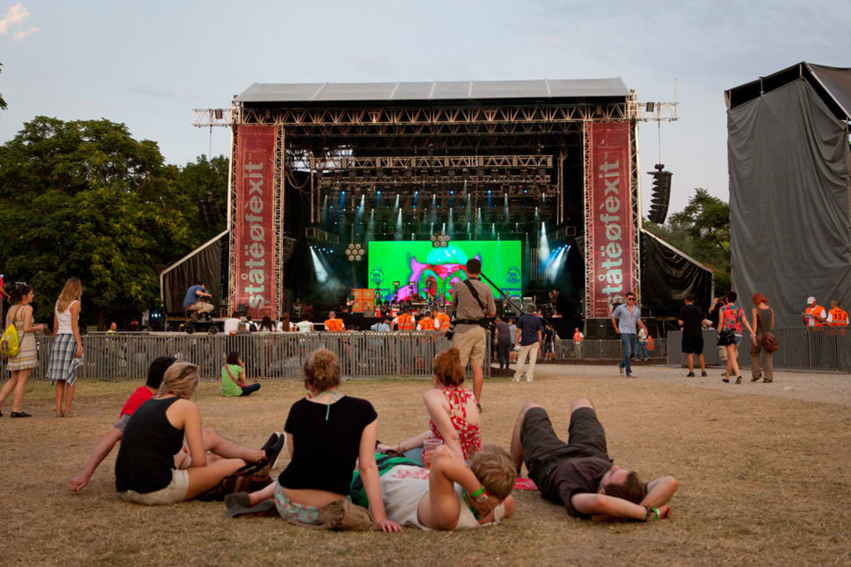 EXIT Main Stage.