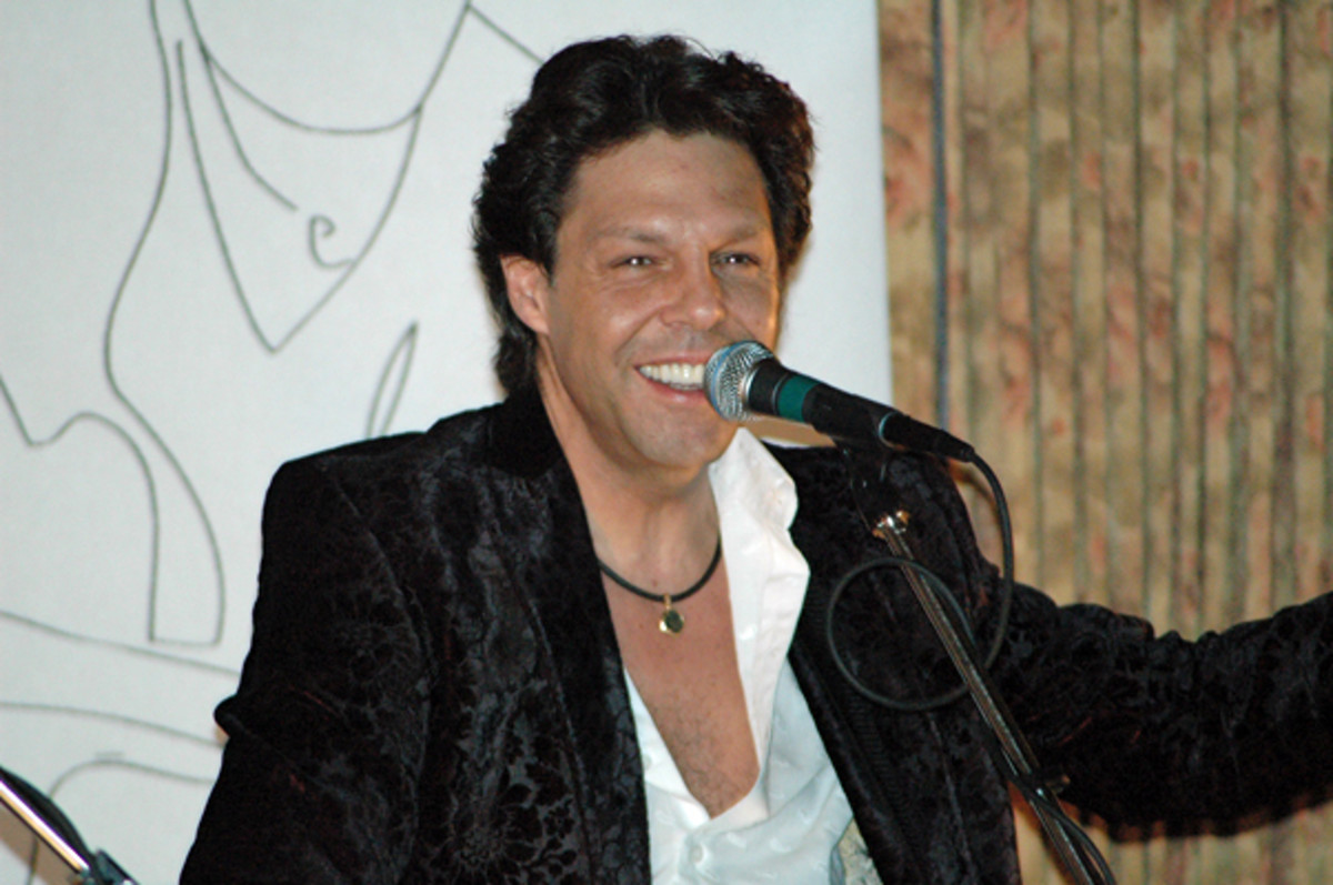 kasim-sulton-top-15-things-he-wants-you-to-know-todd-rundgren-utopia-meatloaf-bass-guitar-songwriter