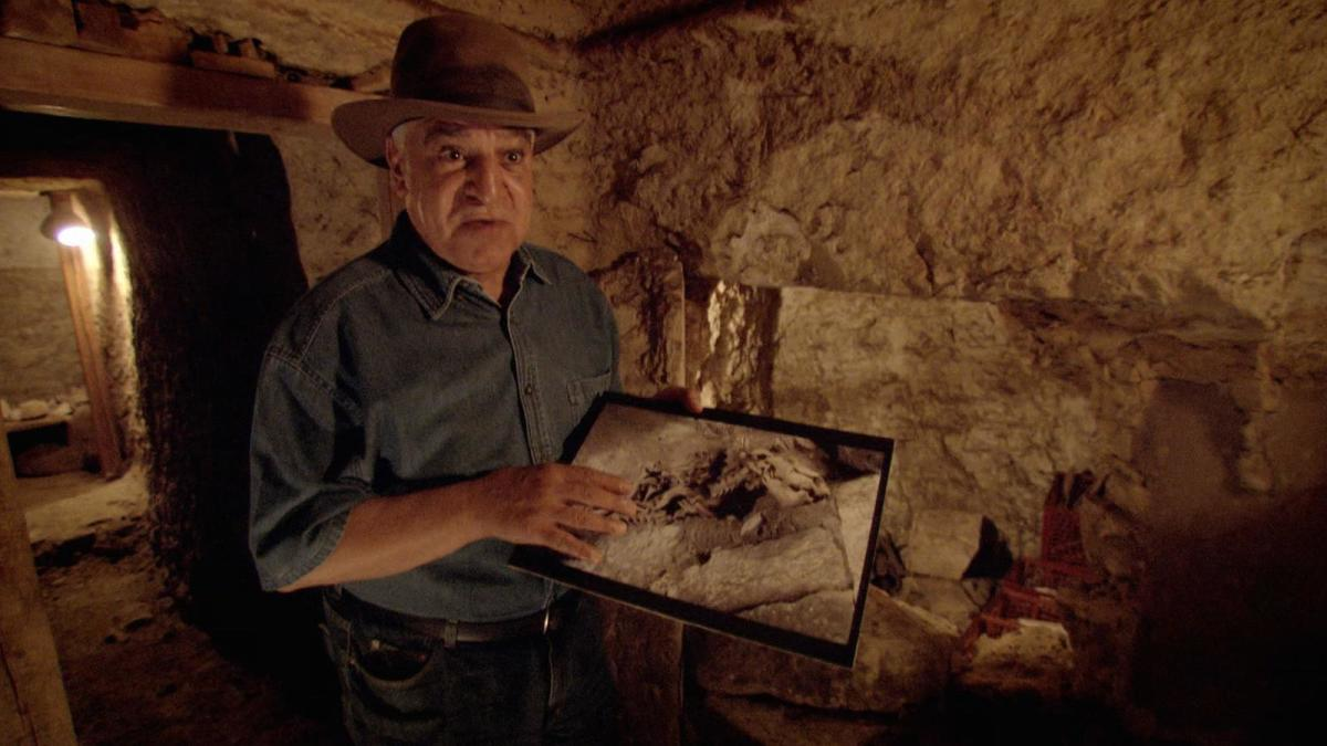 Archaeologist Zahi Hawass discusses animal mummies