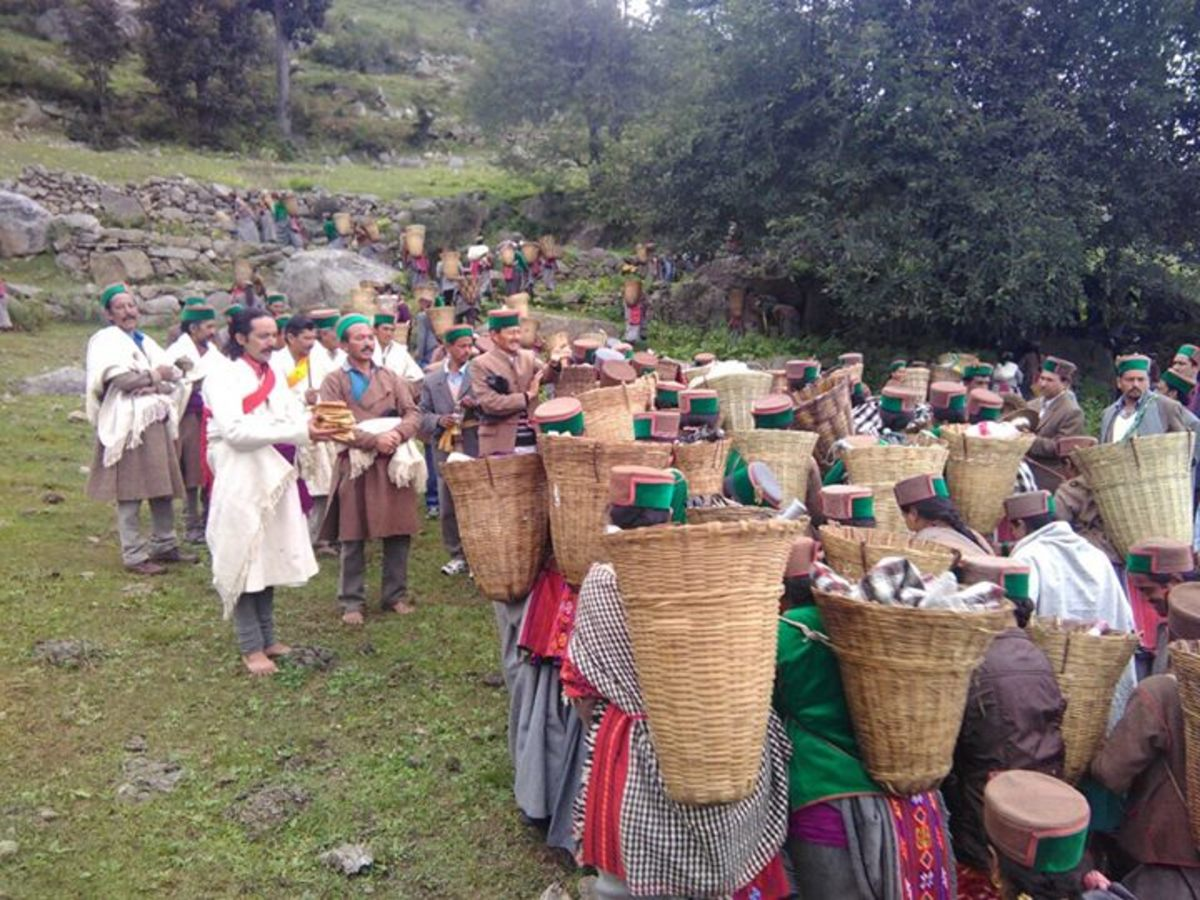 In Fulaich or Ukhayang Festival celebrated in the month of September in Kinnaur District the people go to the hill peaks to gather the flowers of Shuloo to be woven into garlands to be offered to the deity.