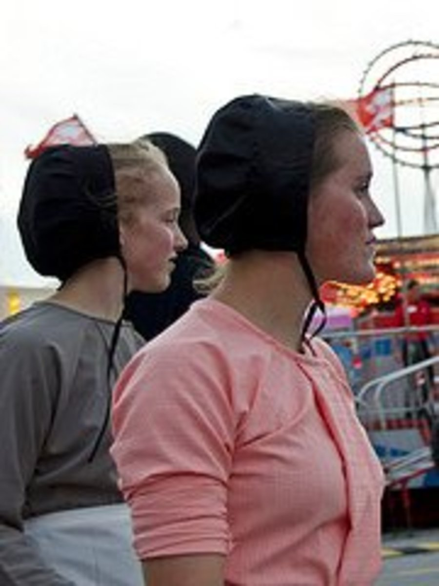 Breaking Amish follows young adults as they explore the outside world.